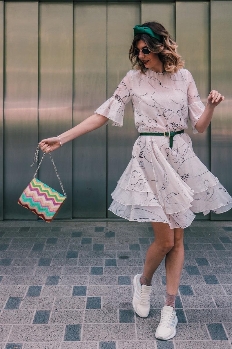 Пролетен аутфит Adidas маратонки от Deichmann H&M рокля