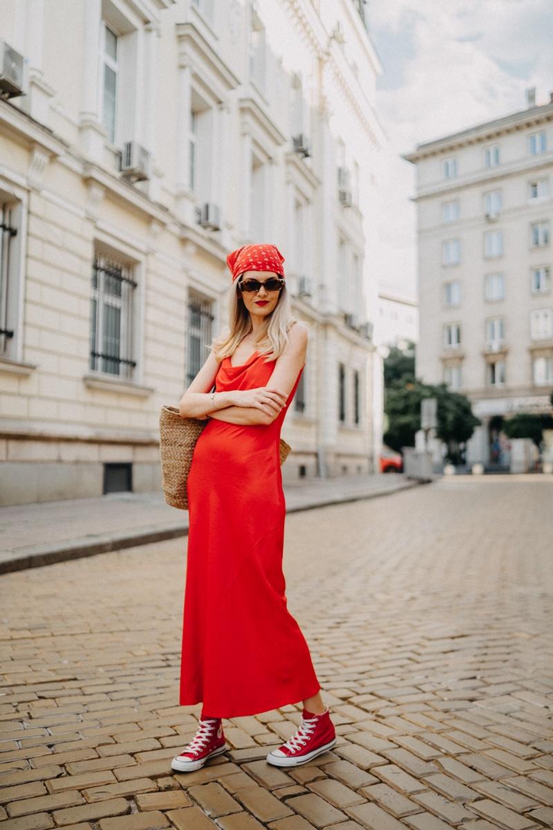 red-slip-dress-zara-converse-sneakers-bandana-outfit
